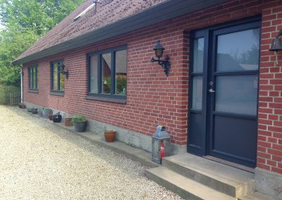 Nye vinduer og døre i privatbolig